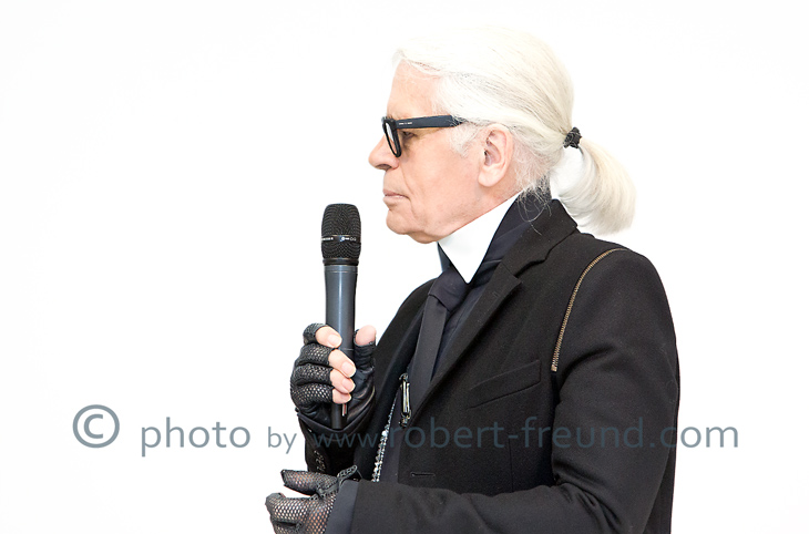 Karl Lagerfeld Portrait Photography from Star Photographer Robert Freund with Photo-Studio in Duesseldorf.