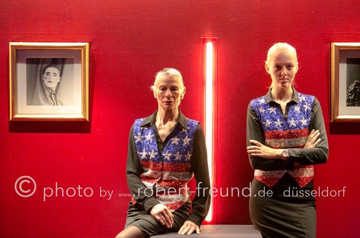 """Event Fotograf Düsseldorf, Robert Freund fotografiert die """"stars of hollywood"""" als Portrait im Roncalli's Apollo Varieté – Düsseldorf"""